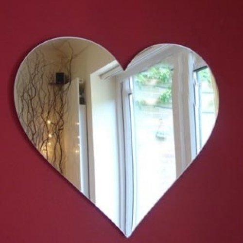 Beautiful and Romantic Heart Shaped Wall Mirror