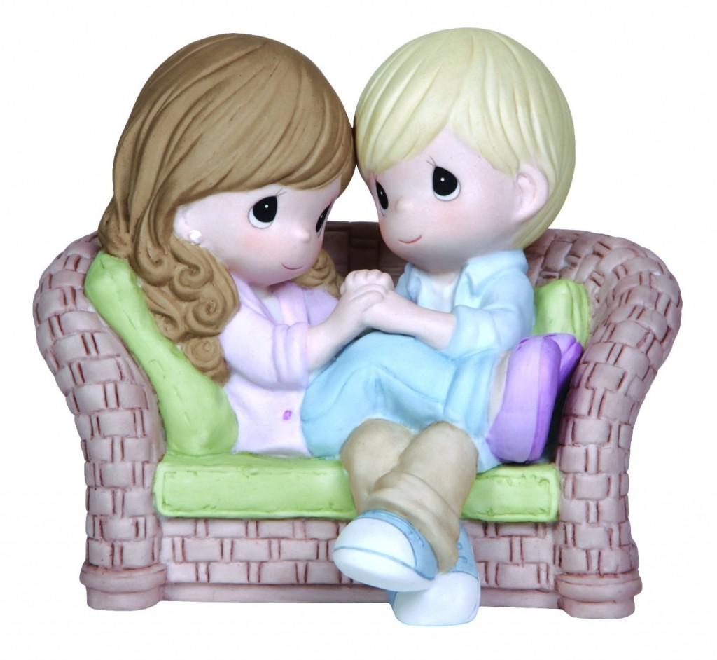 cute couple figurine