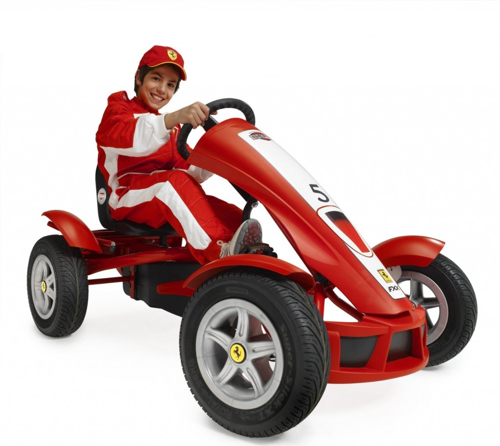 Pedal Car For Boys That Can Ride On Grass