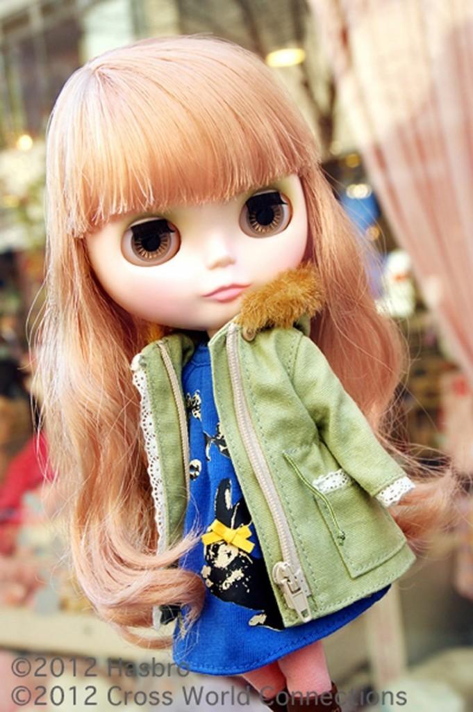 fashion Blythe doll