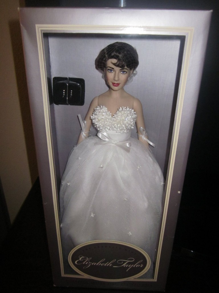 Vintage Franklin Mint Elizabeth Taylor White Wedding Gown