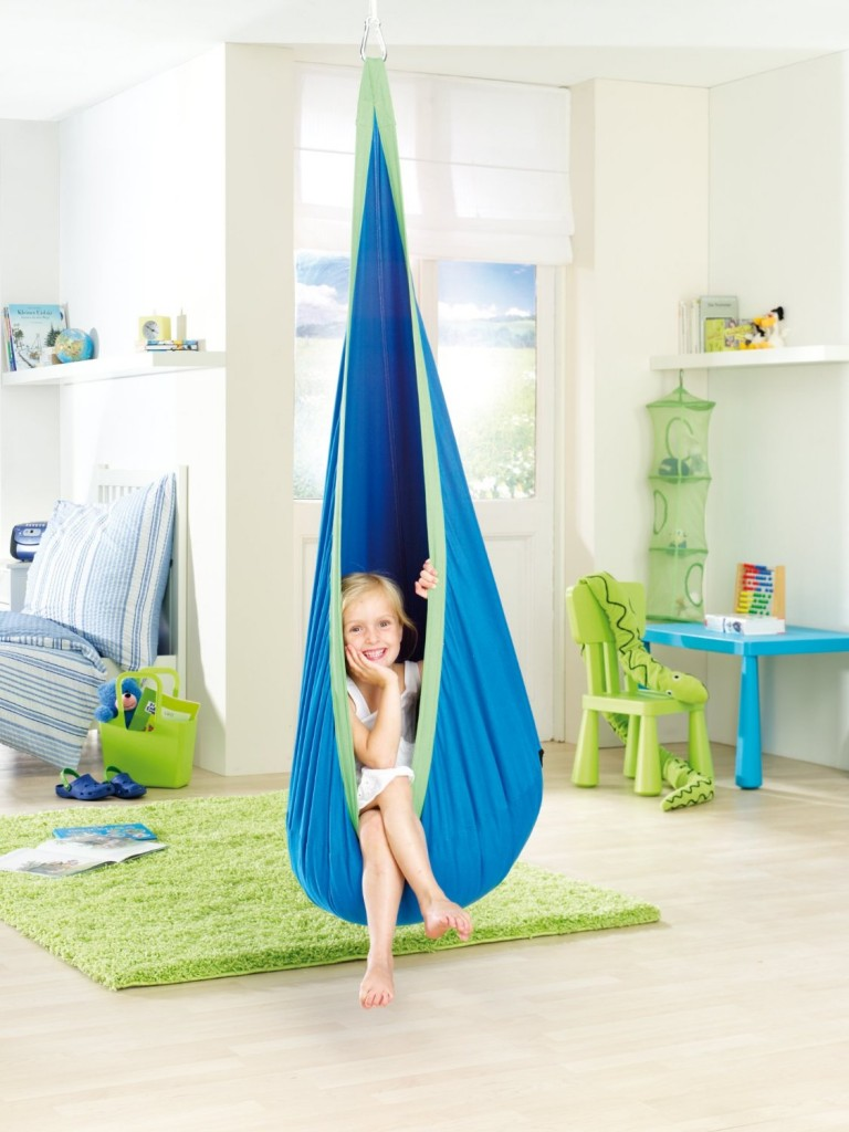 Cute Colorful And Fun Hanging Chairs For Kids
