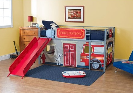 Cute fire truck bedroom decor ideas for boys for Fire truck bedroom ideas