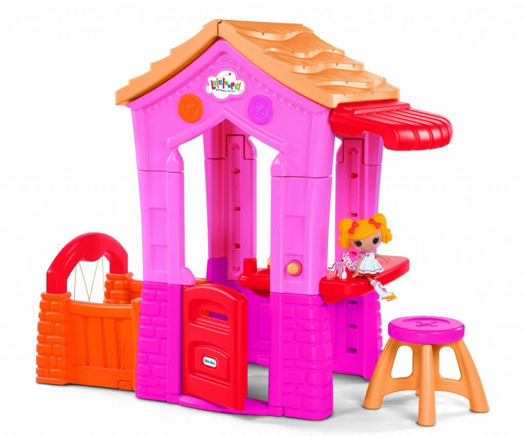 adorable indoor playhouse for 2 year old girls