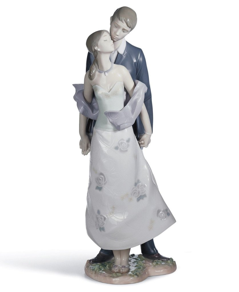 Lladró Perfect Match Figurine