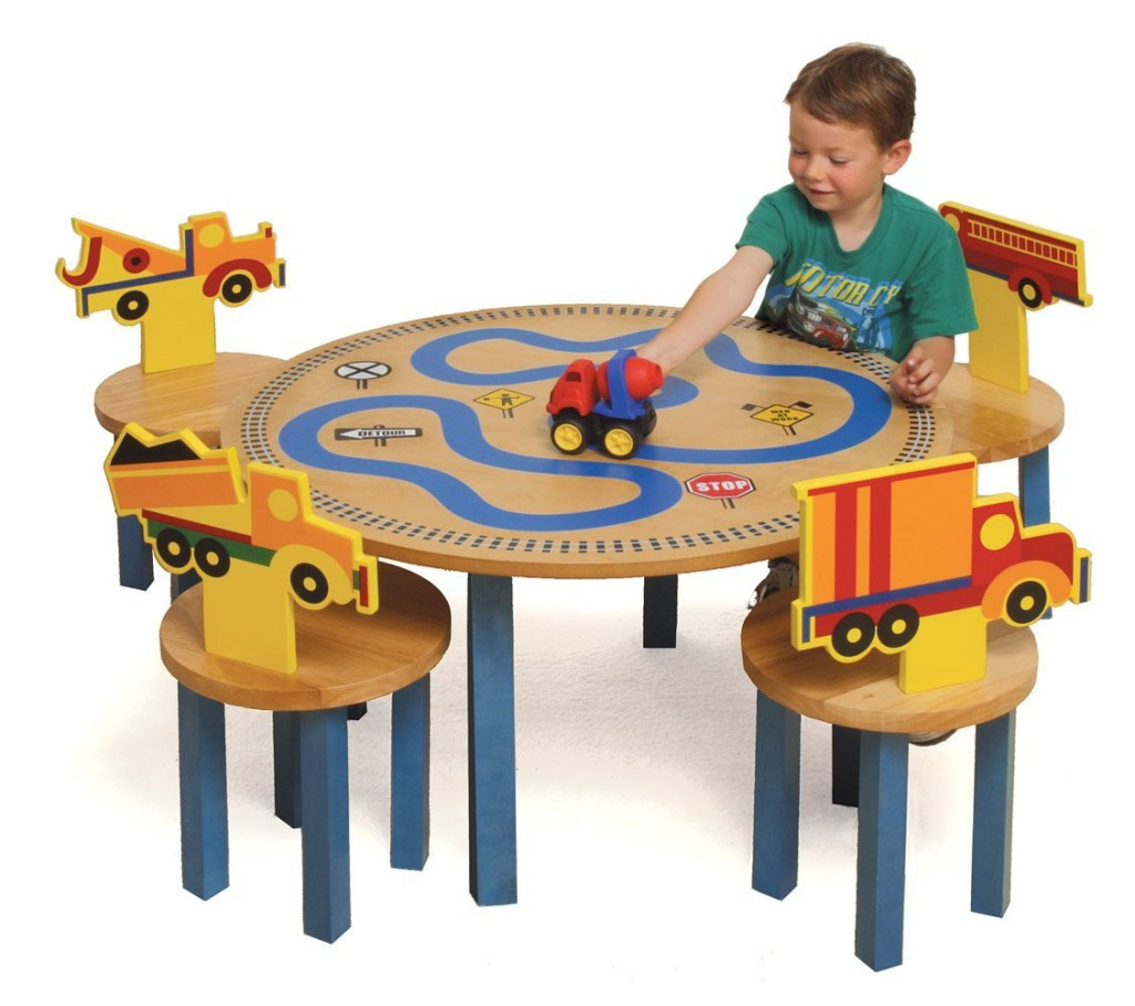 Cool Table and Chair Set for Boys  sc 1 st  Happy Gabby! : childrens table chairs sets - pezcame.com