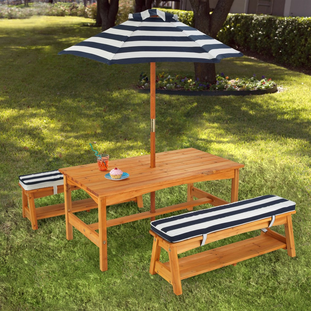 Children's Outdoor Table and Chair Set with Cushions and Umbrella