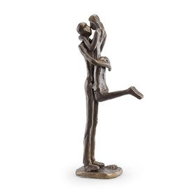 Cute Couple Kissing Bronze Figurine