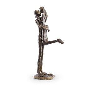 Cute Couple Kissing Bronze Figurine