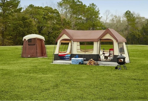 Big Sky Lodge 10 Person Tent. Great for Family Camping or As Extra Sleeping Space for Guests